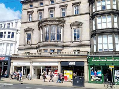 Waterstone's, 127/128 Princes Street, Edinburgh